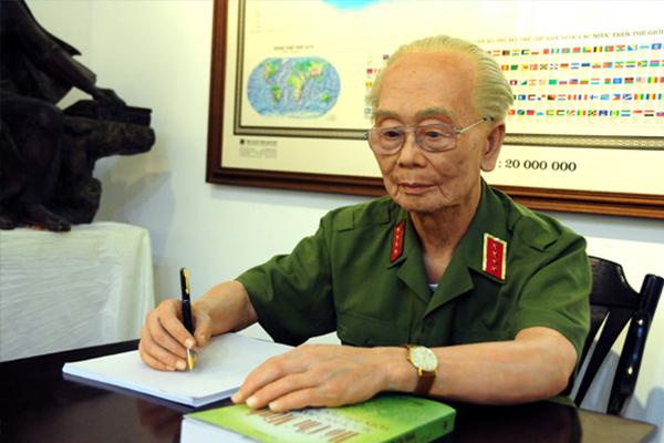 Võ Nguyên Giáp - người học trò tài ba của Hồ Chí Minh