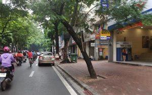 Không có nhiều người biết đến con phố Linh Lang này