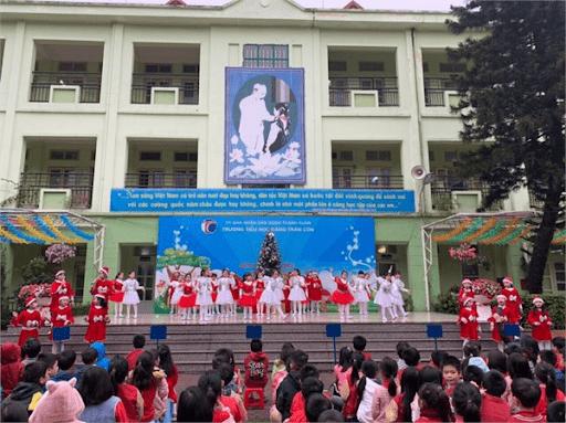 Hoạt động vui Noel cho học sinh toàn trường vào tháng 12/2019