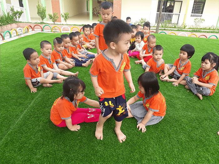 Lứa tuổi chơi trò chơi trồng nụ trồng hoa