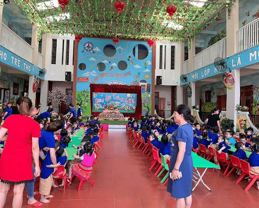 Trường mầm non Bình Minh tổ chức Tết Trung thu cho các em học sinh