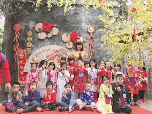 Học sinh trường mầm non Kids Garden tham gia chuyến dã ngoại đón Xuân