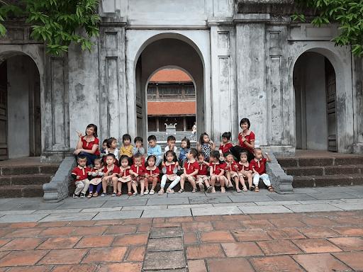Các con còn được đi tham quan tại Thành cổ ở Vĩnh Phúc