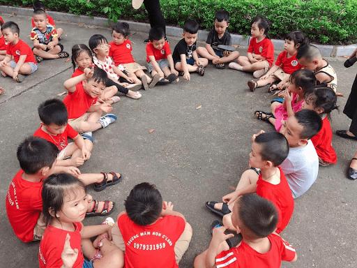 Học sinh trường mầm non C'land tham quan Thành cổ Sơn Tây