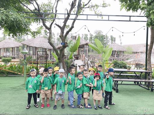 Các con được đi dã ngoại tại Khu du lịch sinh thái V-eco