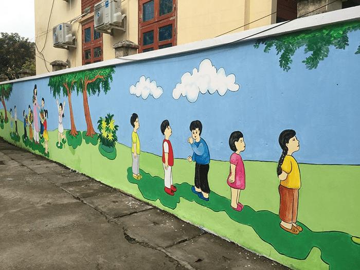 Một góc sân của trường tiểu học thị trấn Phú Xuyên