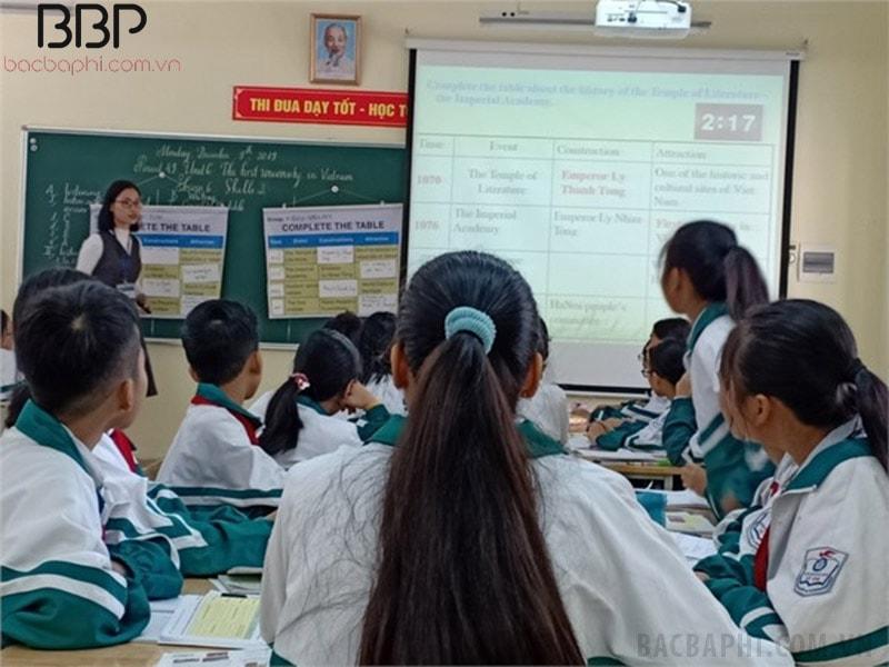 Một tiết học của trường THCS Lệ Chi
