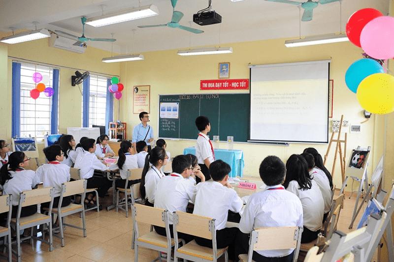 Một tiết học của trường THCS Yên Sở