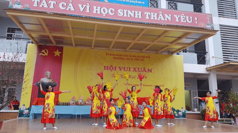 Hội vui xuân do trường THCS Yên Sở tổ chức