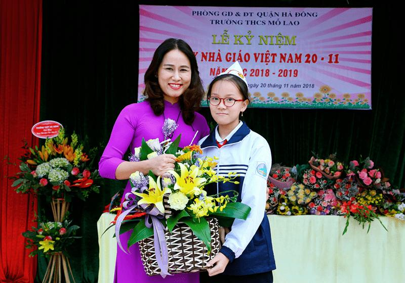 Lễ kỷ niệm ngày Nhà giáo Việt Nam của trường THCS Mỗ Lao