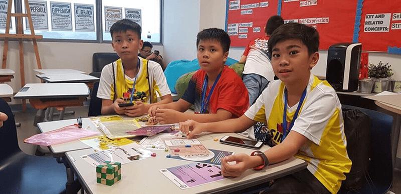 Học sinh trường THCS Nguyễn Trường Tộ trong cuộc thi Olympic toán Singapore mở rộng