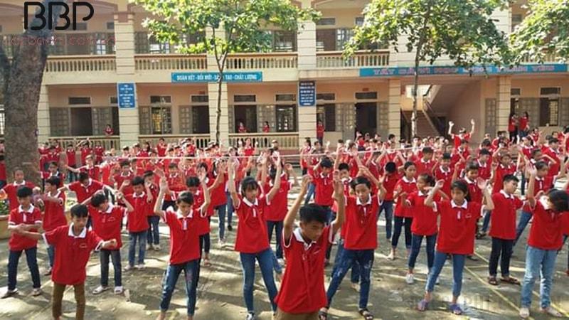 Hoạt động tập thể của trường THCS Phong Vân