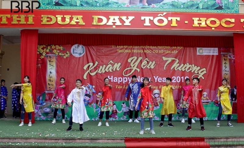 Ngày hội Xuân yêu thương do nhà trường tổ chức