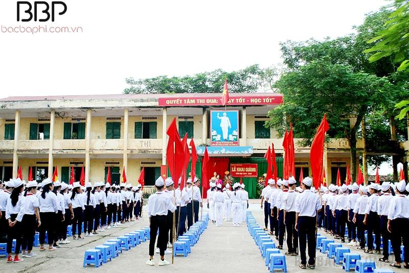 Trường THCS Chúc Sơn