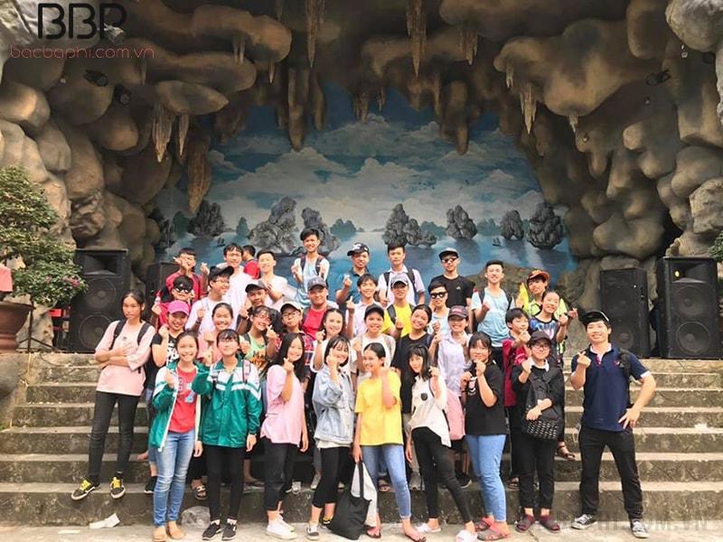Chuyến tham quan tại khu du lịch Khoang xanh suối tiên của học sinh trường THCS Nguyễn Trãi