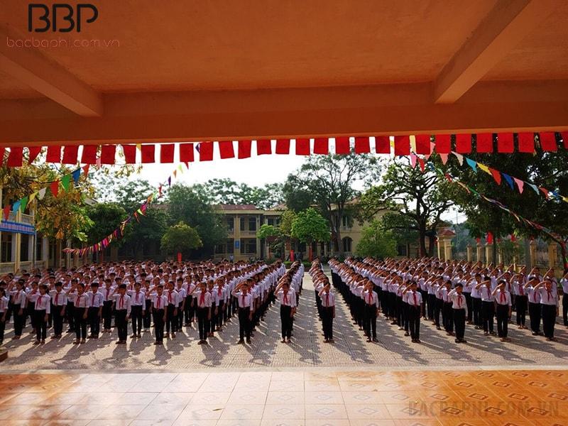 Trường THCS Hát Môn