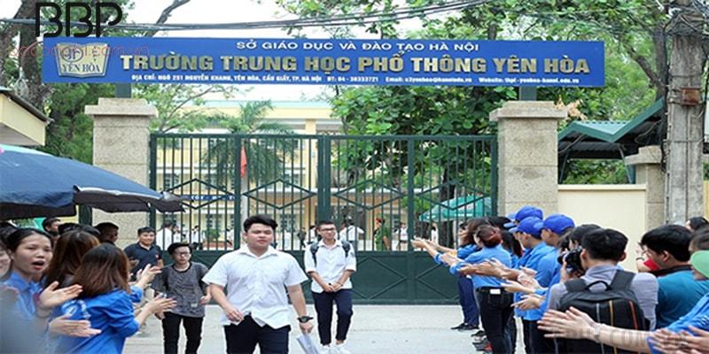 Trường THPT Yên Hòa