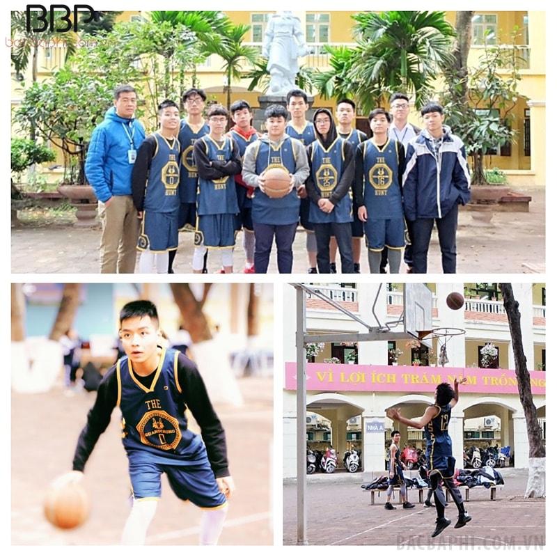 Đội bóng rổ của trường THPT Quang Trung