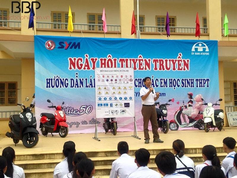 Buổi tuyên truyền Hướng dẫn lái xe an toàn của trường THPT Bắc Lương Sơn