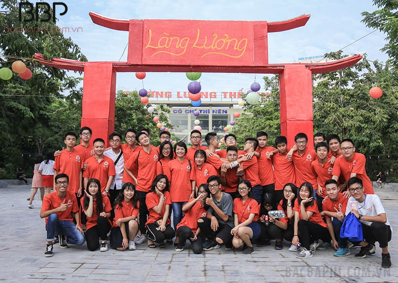 Ngày hội Trăng sáng của học sinh trường THPT Lương Thế Vinh