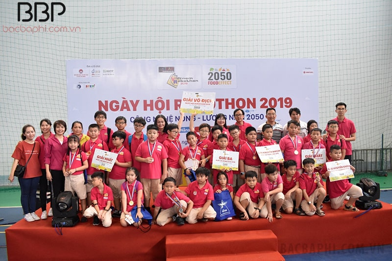 Học sinh nhà trường đạt giải vô địch cuộc thi Robothon Quốc Gia 2019