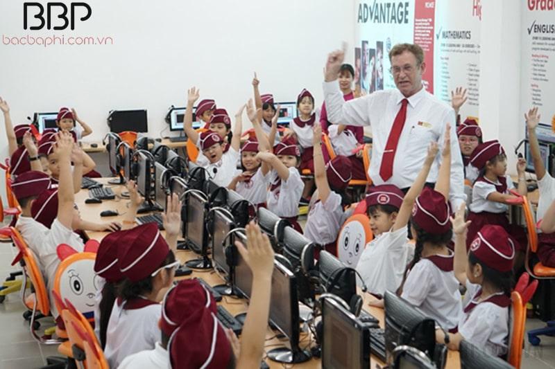 Lớp học tại trường Tiểu học IPS Trường Quốc tế Á Châu