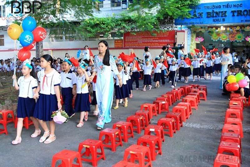 Trường tiểu học Trần Bình Trọng - phường 2