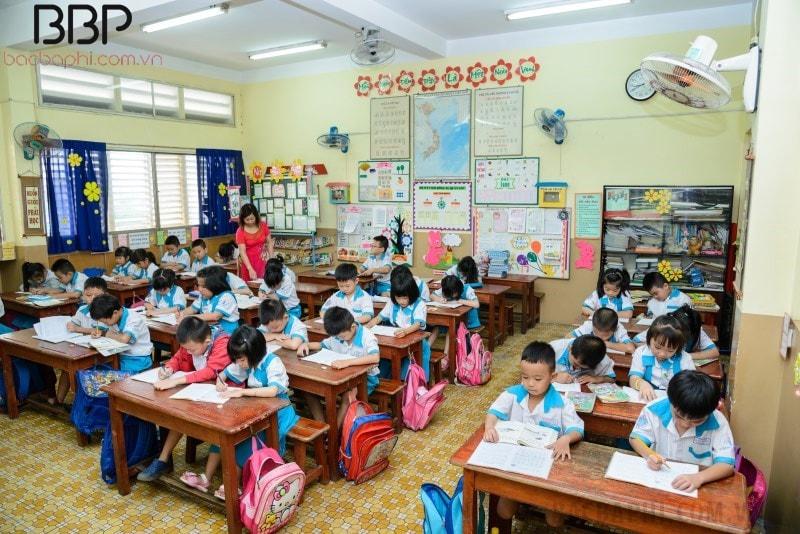 Một tiết học của trường tiểu học Kim Đồng