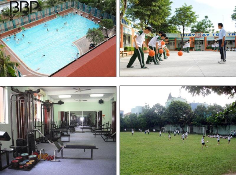 Hồ bơi, sân tập và sân bóng đá của trường Vĩnh Ký