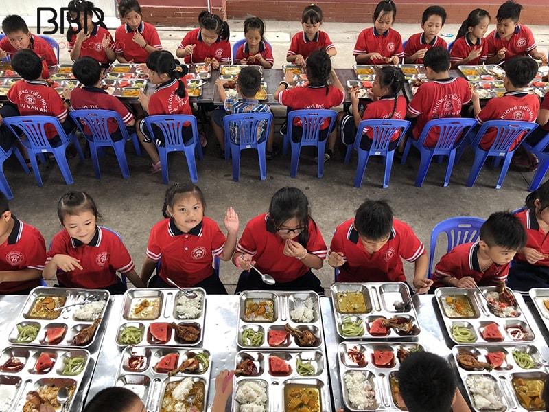 Nhà ăn tại trường tiểu học Chu Văn An, Quận Tân Bình