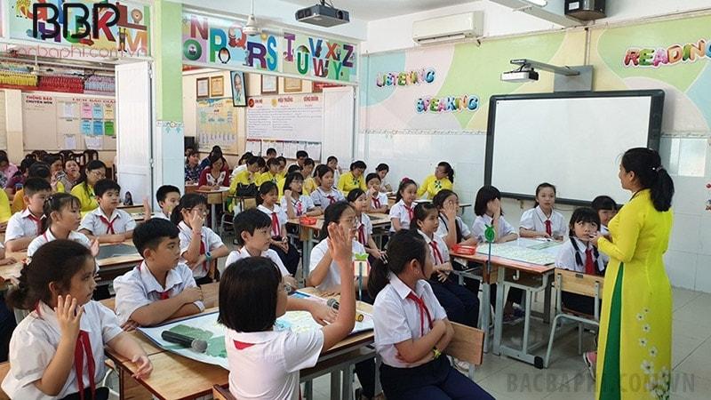 Chuyên đề giáo dục về quyền trẻ em