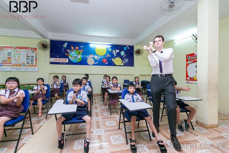 Trường tiểu học Nguyễn Tri Phương - Phường 12