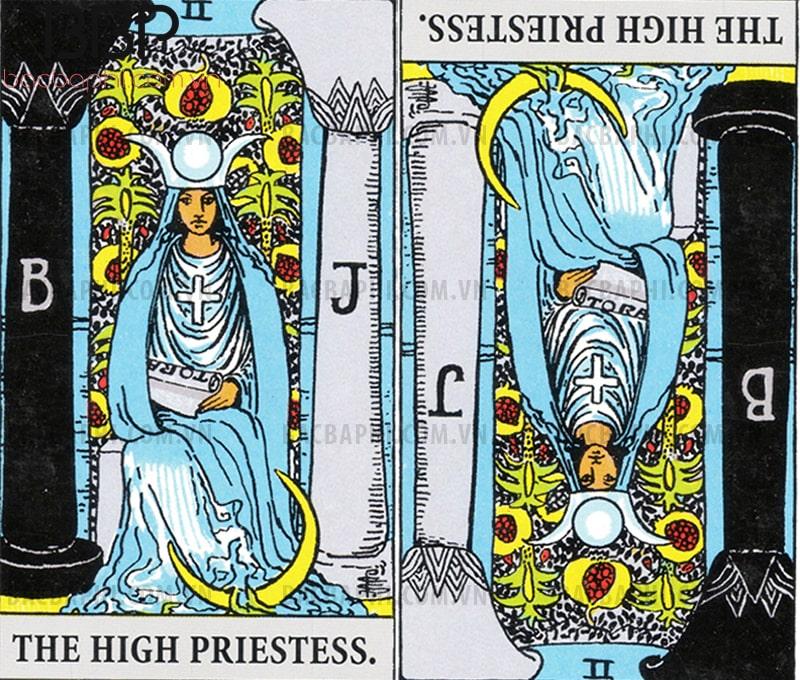 Lá bài II – The High Priestess (Nữ tư tế hay Nữ thượng tế) xuôi và ngược